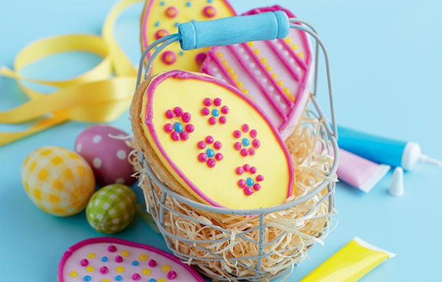 7 half term treats that arent choc a bloc with chocolate easter biscuits negle Choice Image