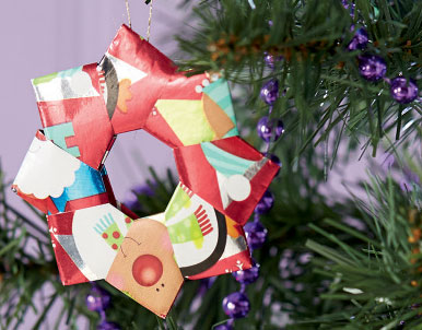 make your ownadvent calendar chain - How To Make Your Own Christmas Decorations