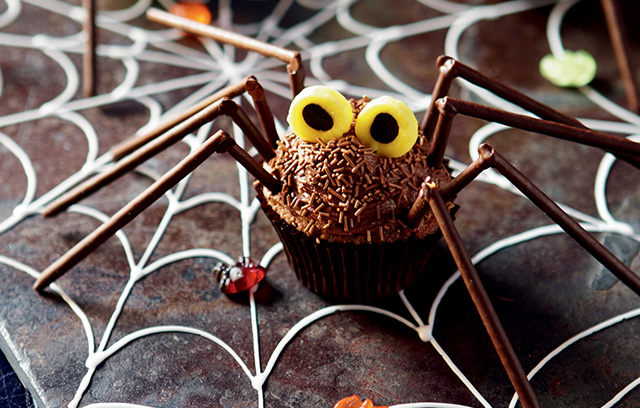 Halloween Recipe Ideas: Spider Cupcakes