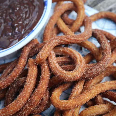 cooking_with_zainab_spanish_churros_recipe (1).png